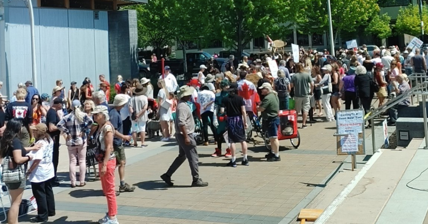 Another massive 'freedom rally' was held in Kelowna on Saturday