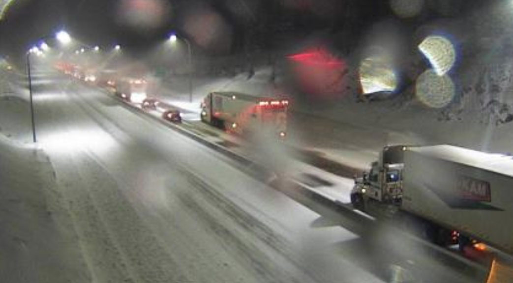 Spun out semis close Coquihalla, snowfall warning in effect