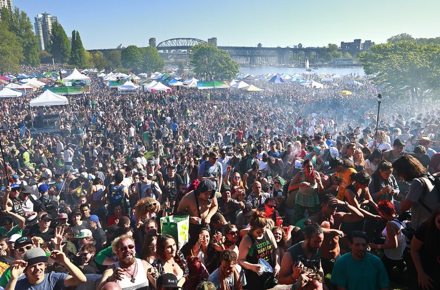 <who>Photo Credit: Getty Images</who> Thousands of people gather to celebrate 420 in Vancouver.