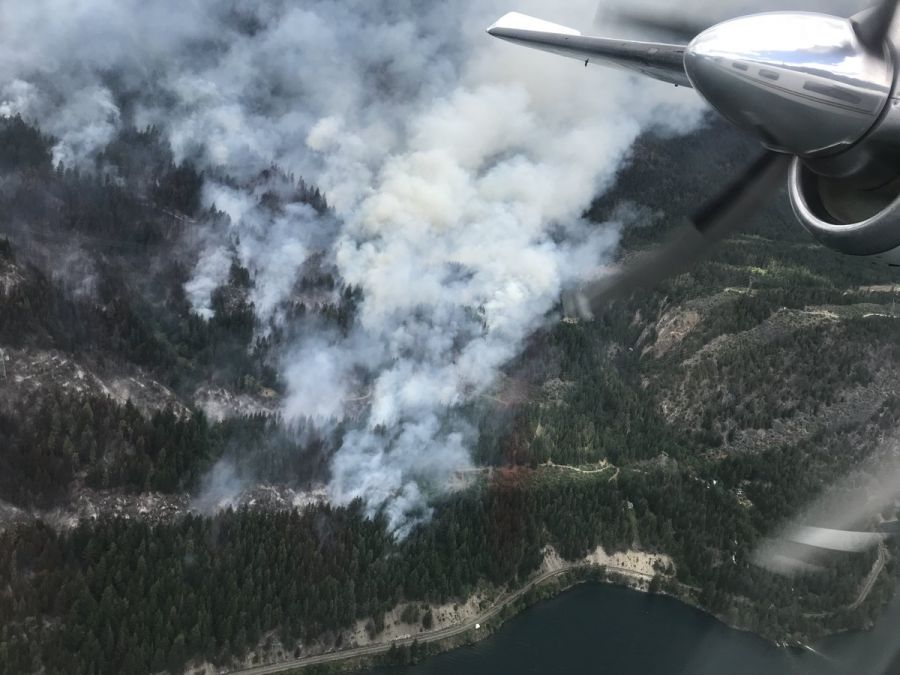 <who>Photo Credit: BC Wildfire Service