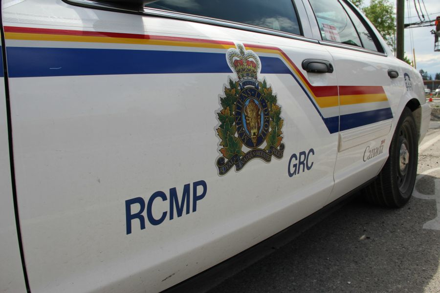 Man survives motorcycle crash in Kamloops