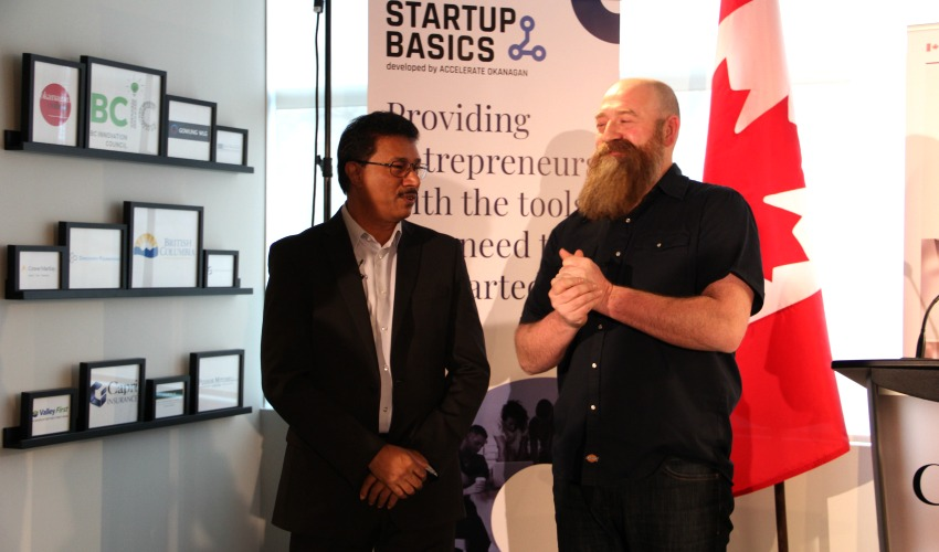 <who> Photo Credit: KelownaNow </who> Left to Right: Raghwa Gopal, CEO of Accelerate Okanagan and Dr. Lincoln Smith, executive director of Kamloops Innovation.
