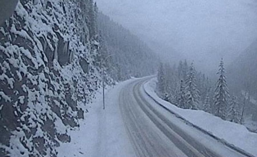 <who>Photo Credit: DriveBC webcam</who>About 45 km east of Revelstoke.
