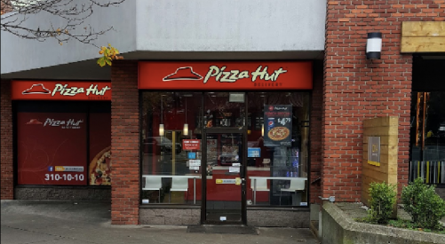 Pizza Hut employee in downtown Victoria violently attacked