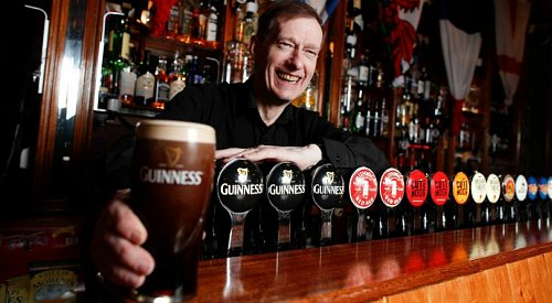 Dublin pub offering Canadians a free 'perfectly poured' pint of Guinness on St. Paddy's Day
